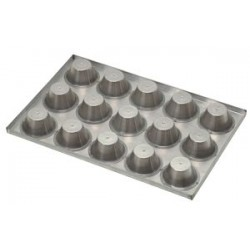 Trays with patterns